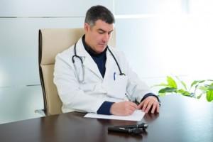 רשלנות רפואית במעקב אחר התאוששות מניתוח פלסטי